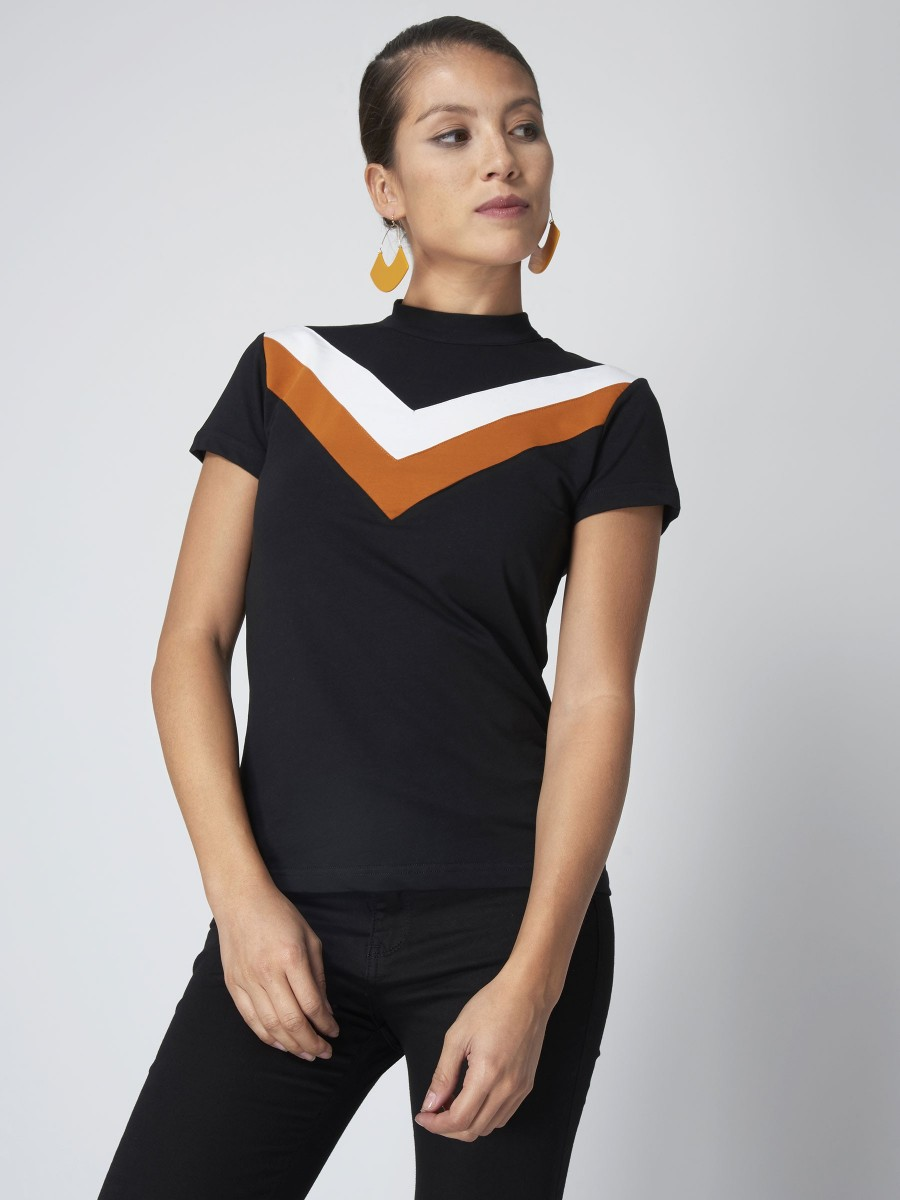 V Shape Color Block T-Shirt