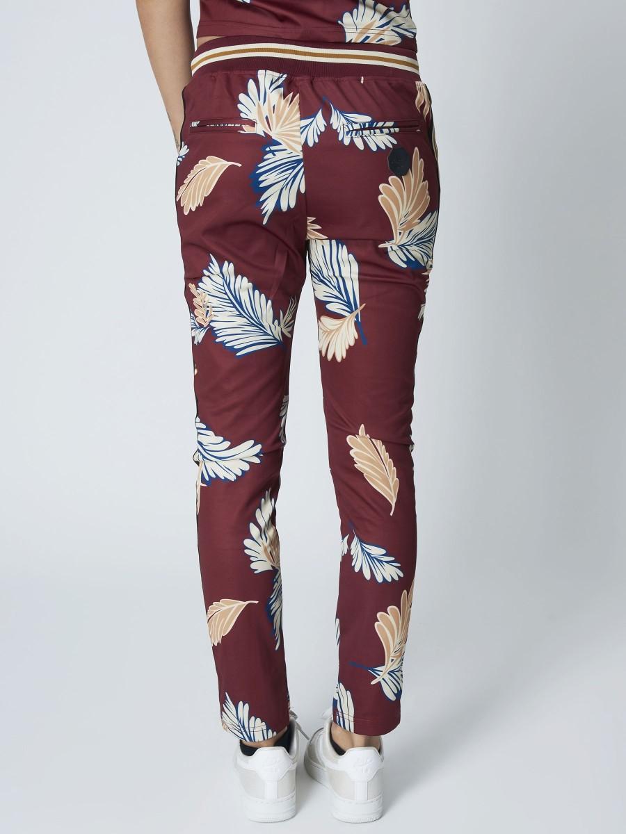 bien matériaux de qualité supérieure disponible Sweatpants with Stripe and Leave Print