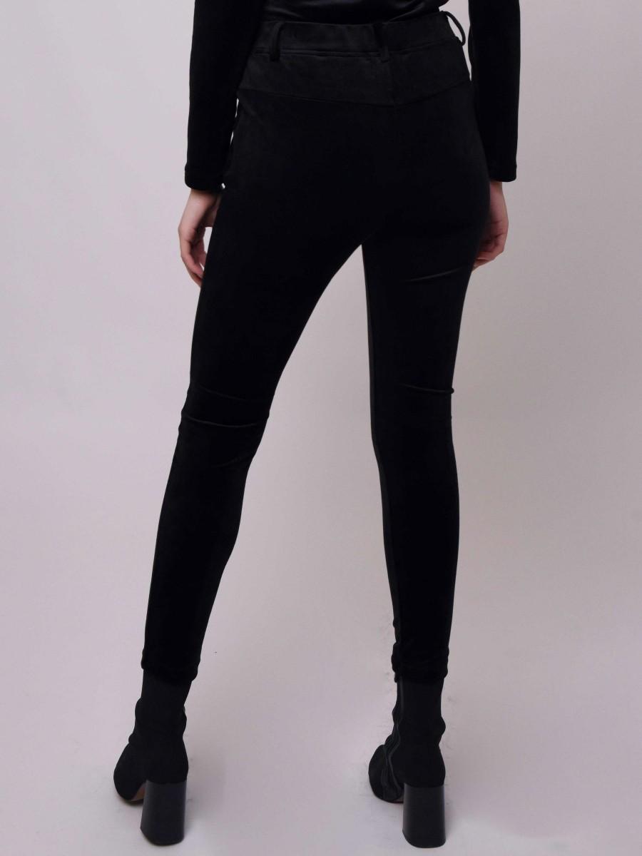 Velvet pant with front round zip
