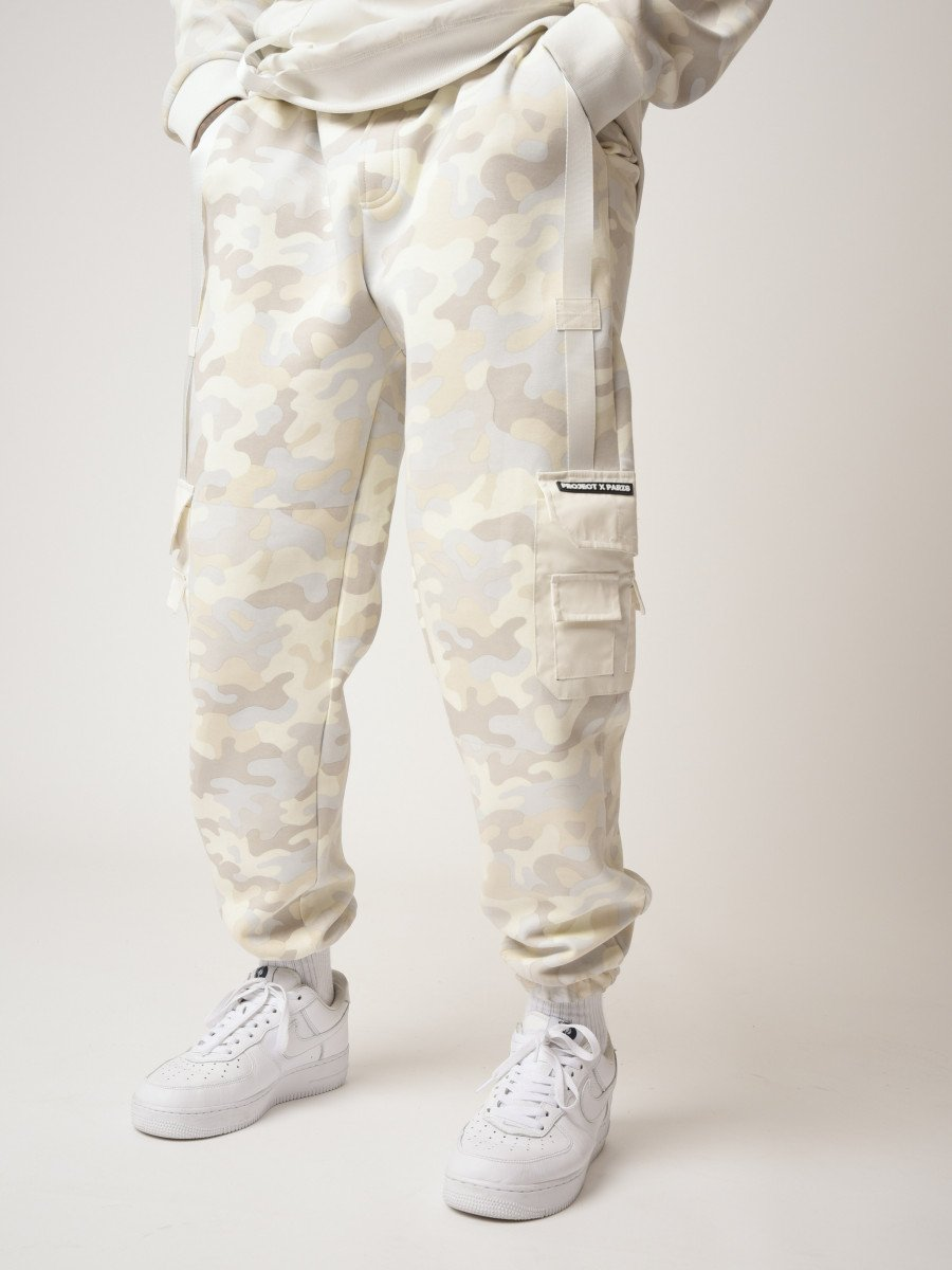 Camo-print Jogger with Reflective Pockets