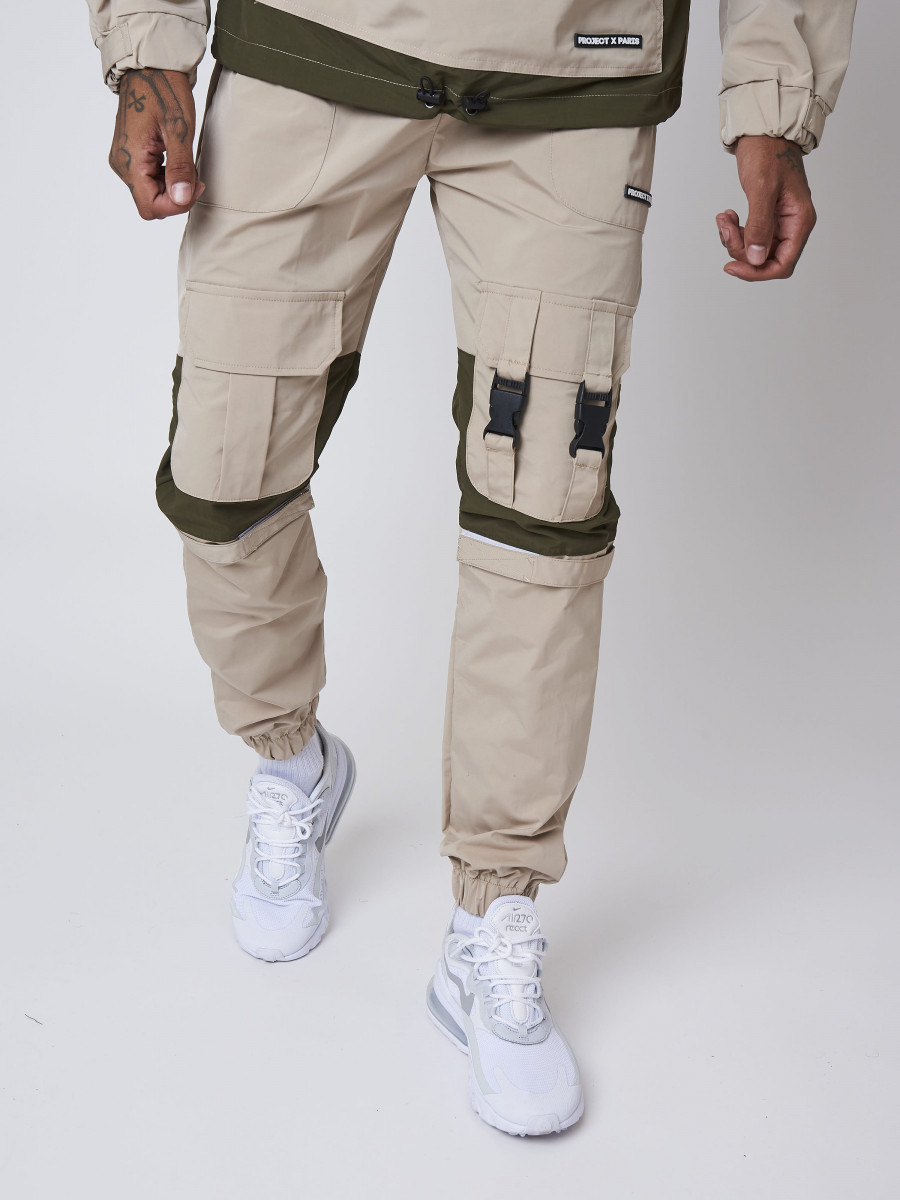 Cargo-style Pant with clips